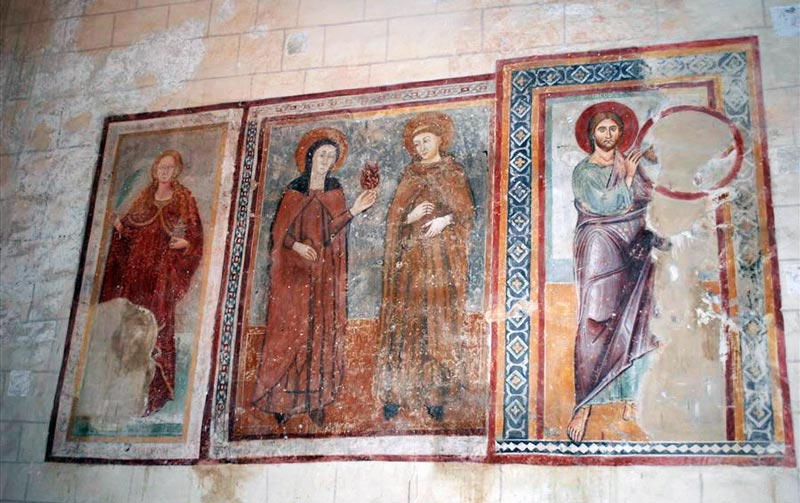 фрески церкви тамплиеров Сан-Бевиньате