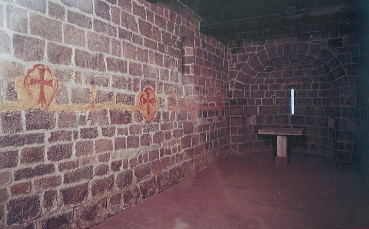 интерьер церкови тамплиеров в Норбелло