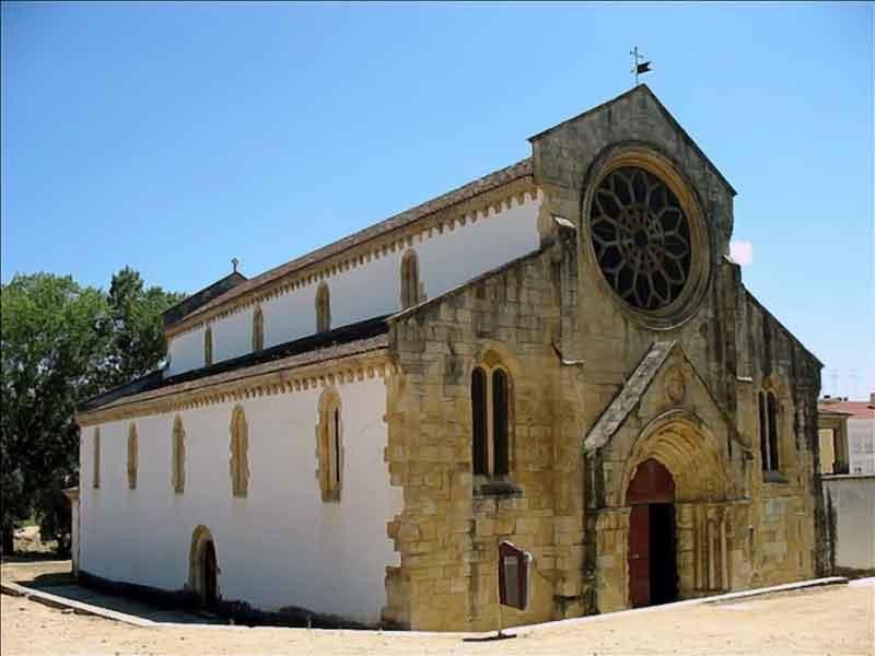 Томар. Церковь Санта-Мария-душ-Олива